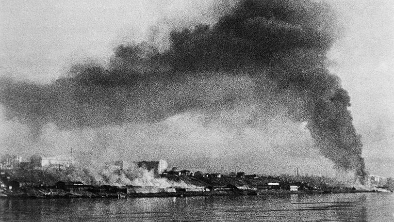 Сталинград после массированного налета гитлеровской авиации