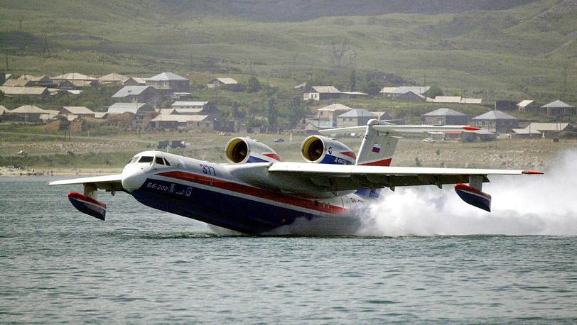 Самолет-амфибия Бе-200. 2003 год