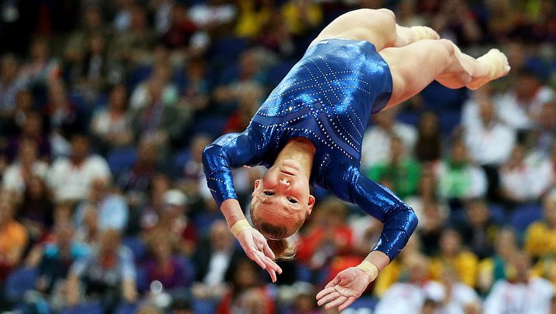 Россиянка Мария Пасека, ставшая бронзовым призером в спортивной гимнастике в опорном прыжке