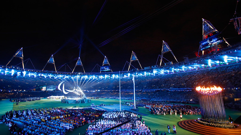 Церемония закрытия XIV Паралимпийских игр