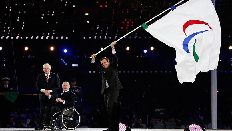 Мэр Лондона, президент МПК, мэр Рио-де-Жанейро (с флагом)