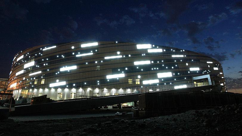 Малая ледовая арена