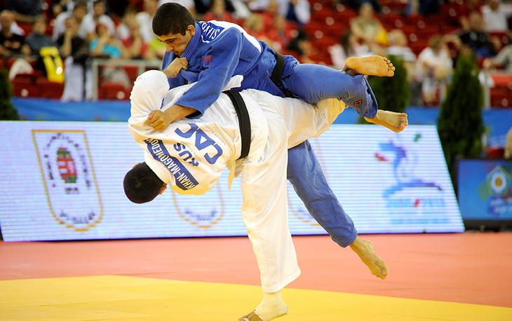 Камал Хан-Магомедов (2-е место в весе до 66 кг, в белой форме) и Лаша Шавдатуашвили (1 место)