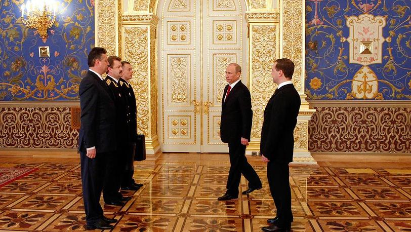 Вступивший в должность президент России во время церемонии передачи управления стратегическими ядерными силами