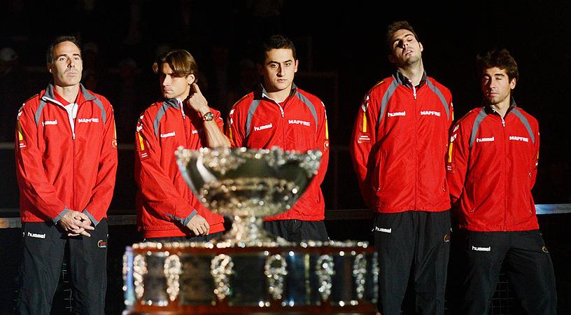 Экс-чемпион - сборная Испании