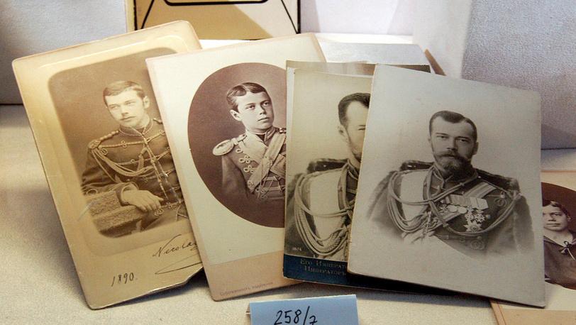 Фотографии и фотолитографии последнего русского императора Николая II