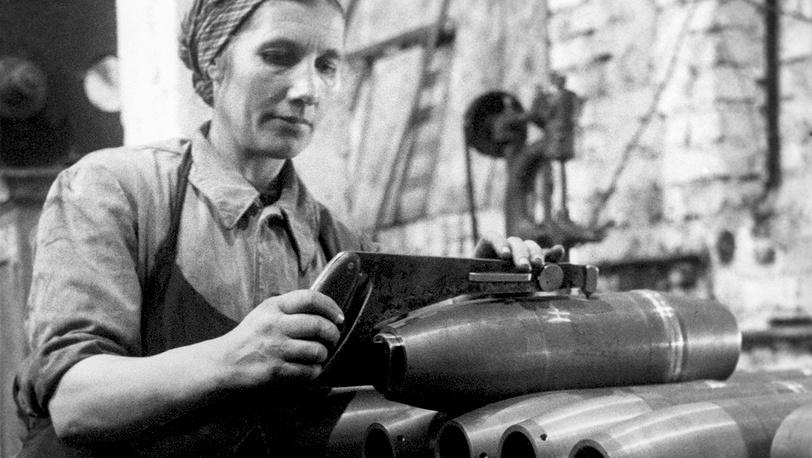 Изготовление снарядов в Ленинграде, 1941 год