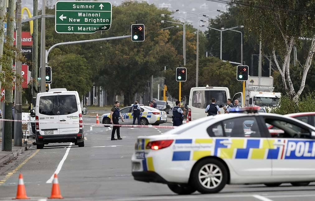 40 people killed in New Zealand mosques attack, perpetrators arrested
