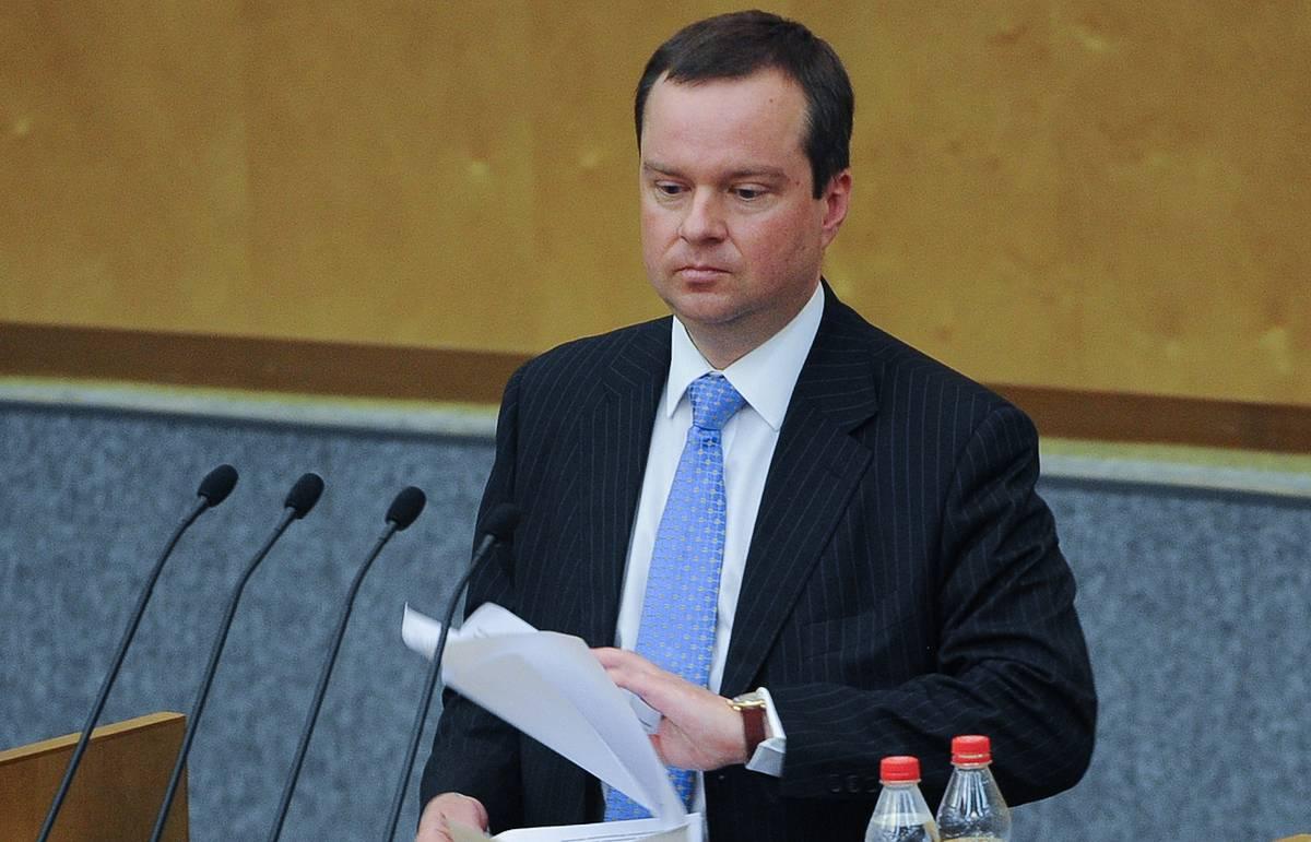 Минфин намерен внести законопроект об уголовном наказании за обмен рублей на криптовалюты