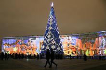 Во время празднования Нового года на Дворцовой площади