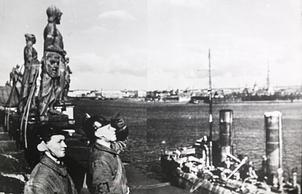 Дежурные МПВО на крыше Эрмитажа.