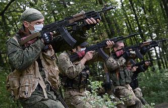 Militiamen in the south-east of Ukraine