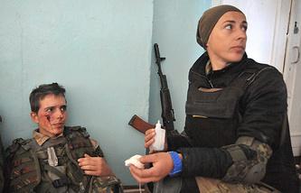 Pro-Kiev volunteers seen in the city of Ilovaisk, Donetsk Region