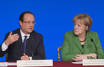 France's President Francois Hollande and Germany's Chancellor Angela Merkel