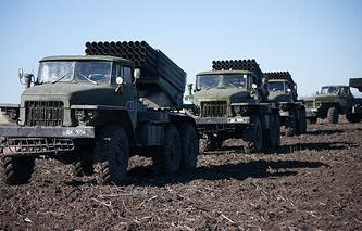 DPR heavy weaponry pullback, Feb. 18