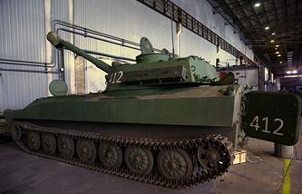 Gvozdika self-propelled howitzer in eastern Ukraine (archive)