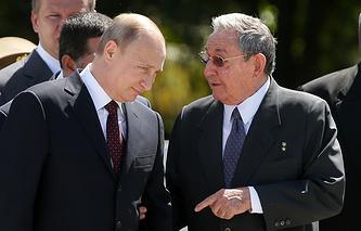 Russian president Vladimir Putin and Cuban leader Raul Castro