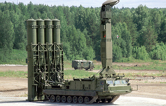 S-300V air defense system (archive)