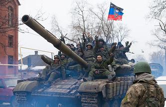 East Ukraine militia fighters (archive)