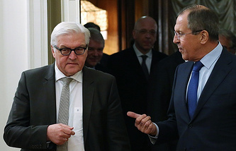 German Foreign Minister Frank-Walter Steinmeier and Russian Foreign Minister Sergey Lavrov