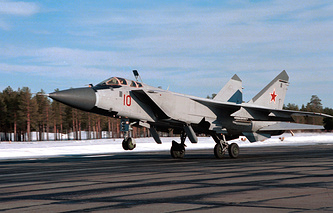 MiG-31 jet (archive)