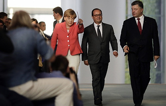Angela Merkel, Francois Hollande and Petro Poroshenko