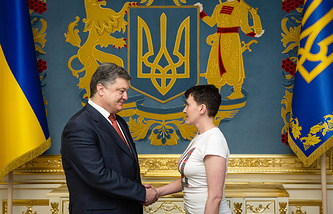 Ukraine's President Petro Poroshenko and Nadezhda Savchenko