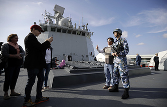 People aboard the Chinese Navy ship Daqing