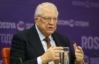 IOC honorary member Vitaly Smirnov