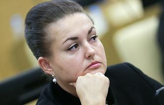 Yelena Serova