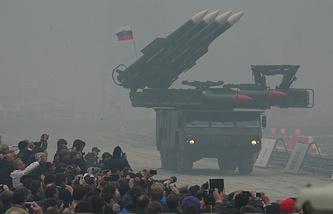 """Зенитно-ракетный комплекс """"Бук-М2Э"""" на выставке вооружения Russia Arms EXPO"""