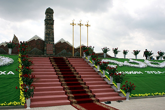 """Мемориальный комплекс """"Дади-Юрт"""", который депутат Журавлев просил проверить на предмет экстремизма, что спровоцировало конфликт"""