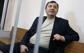 Вице-премьер Дагестана Магомедгусен Насрутдинов в Лефортовском суде. 21 января 2014 г.
