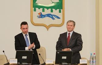 Полпред президента РФ в УрФО Игорь Холманских и врио губернатора Курганской области Алексей Кокорин (слева направо)