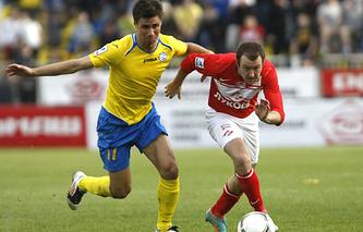Александр Шешуков (слева)