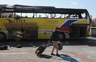 Взорванный 17 февраля 2014 года  террористом-смертником автобус с туристами, Египет