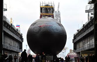 Спуск на воду головной дизель-электрической подводной лодки модернизированного проекта 636.3 «Новороссийск».