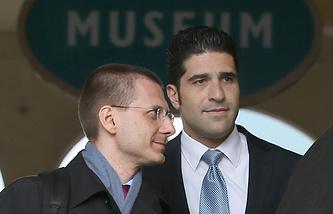 Адвокат Михаил Котлик (слева) и последний личный телохранитель бизнесмена Ави Навам