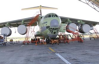 Модернизированный военно-транспортный самолет Ил-76МД-90А (Ил-476)