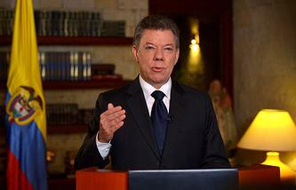 Хуан Мануэль Сантос во время выступления на национальном телевидении
