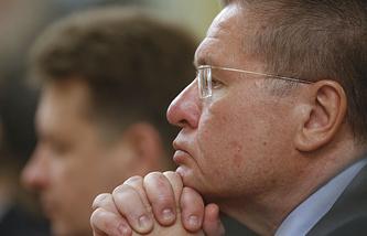 Министр экономического развития РФ Алексей Улюкаев во время заседания правительства РФ