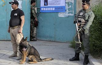 На одном из избирательных участков в центре Багдада. 28 апреля 2014