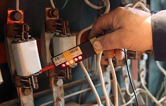 Во время проверки электросети в одном из домов города