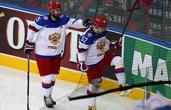 Данис Зарипов (слева)