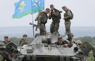 Украинские военнослужащие на подступах к Славянску
