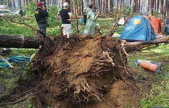 Последствия урагана на Ильменском фестивале