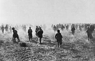 Первая Мировая война. Наступление пехоты на фронте.