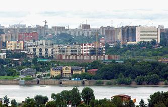 Река Обь в районе города Новосибирска