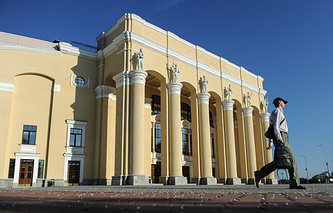 Главный вход в Центральный стадион Екатеринбурга