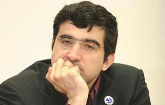 Владимир Крамник потерпел первое поражение на турнире